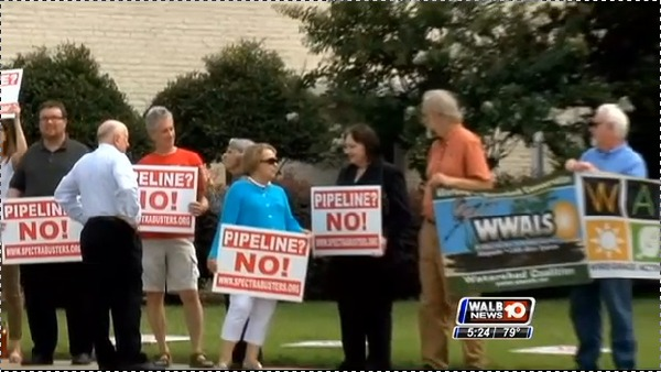 600x338 Sandra Jones (Colquitt County) Rosalyn Bridges (Mitchell County), in Stills from WALB about Leesburg pipeline hearing, by John S. Quarterman, for SpectraBusters.org, 10 July 2014