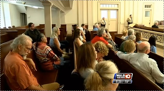 628x350 Courtroom audience, in Stills from WALB about Leesburg pipeline hearing, by John S. Quarterman, for SpectraBusters.org, 10 July 2014