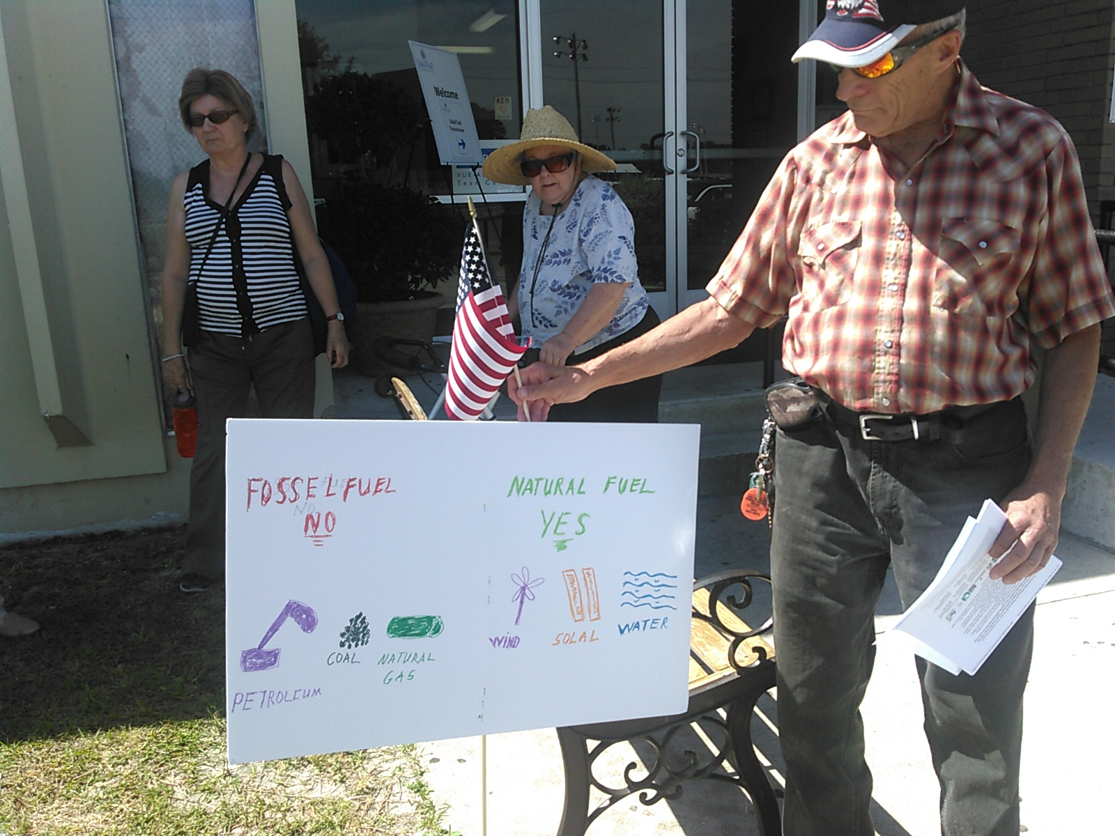 1600x1200 Its patriotic to get off fossil fuels and onto wind, sun, and water power, in SpectraBusters leaflets Sabal Trail in Live Oak, by John S. Quarterman, for SpectraBusters.org, 21 April 2016