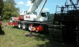 300x180 Picture, drilling equipment, in Etowah River boring incident, Transco Dalton Expansion Project pipeline, by Troy Harris for Gene Hill, for SpectraBusters.org, 27 April 2016